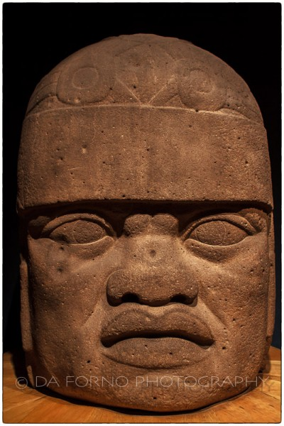 Mexico - Mexico City - Museo National de Antropologia - Olmec colossal head - Canon EOS 7D / EF 24-70mm f/2,8 L USM