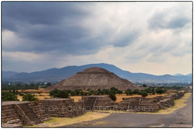 Mexico - Teotihuacan - Pyramid of the Moon - Canon EOS 7D / EF 24-70mm  f/2,8 L USM
