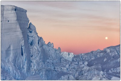 Antarctica - Overflight on the Astrolabe glacier - Canon EOS 5D III / EF 70-200mm f/2.8 L IS II USM