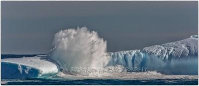 Antarctica - Iceberg - Canon EOS 5D III / EF 70-200mm f/2.8 L IS II USM +2.0x III